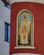 Иоанн Златоуст, образ на барабане центральной главы церкви Воскресения Словущего на Арбате в Москве.