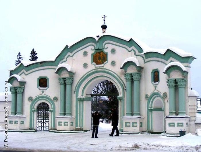 http://temples.ru/private/f000234/234_0007160b.jpg